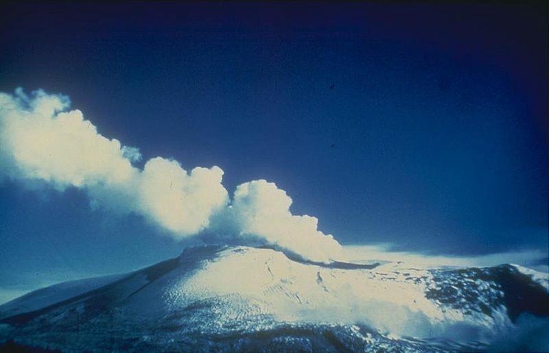 volcano-nevado-del-ruiz