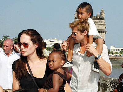 Angelina-Jolie-mom