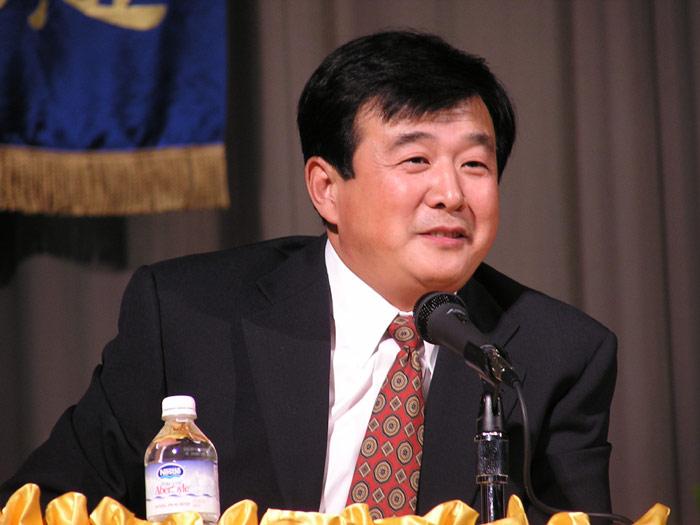 Master-Li-Hongzhi