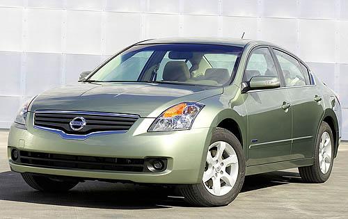 Nissan-Altima-Hybrid