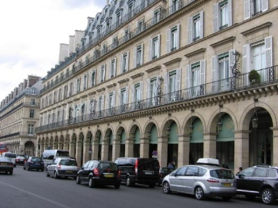 http://top-10-list.org/wp-content/uploads/2009/07/Hotel-Meurice-Paris.jpg