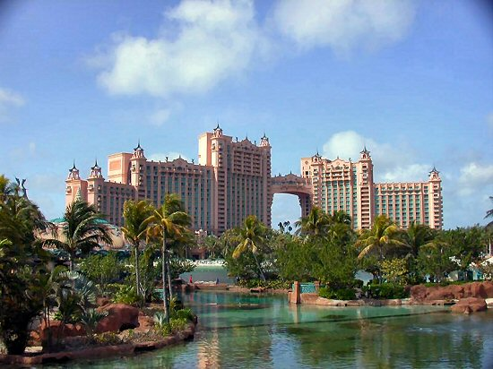 http://top-10-list.org/wp-content/uploads/2009/07/The-Atlantis-Bahamas.jpg