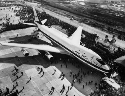 First Flight of a Boeing 747 Jumbo jet - 1969