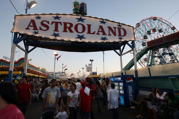 Astroland Amusement Park
