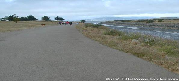 Point Isabel Regional Shoreline Dog Park, Richmond, CA