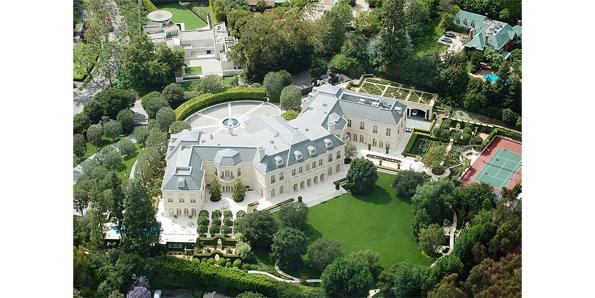 The Manor, Los Angeles