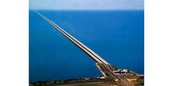 Top Longest American Bridges - Longest bridge in the usa